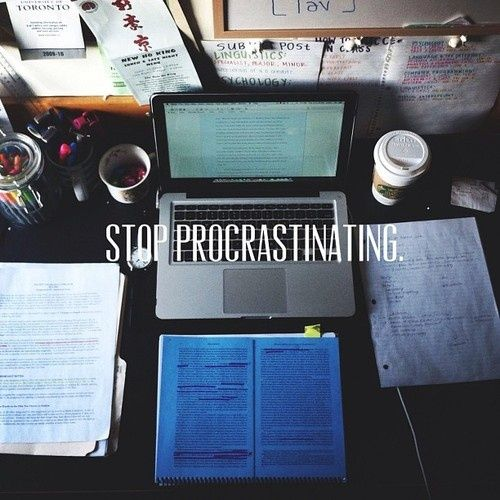 The Organized College Student _ oh the irony is killing me right now...  I am pinning this while I procrastinate.