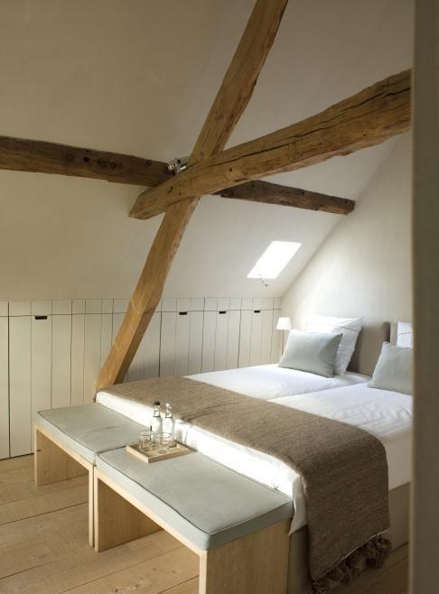 Laat je inspireren door de metamorfoses, droomhuizen en tips en trucs om je eigen interieur een impuls te geven. #interiordesign #bedroom