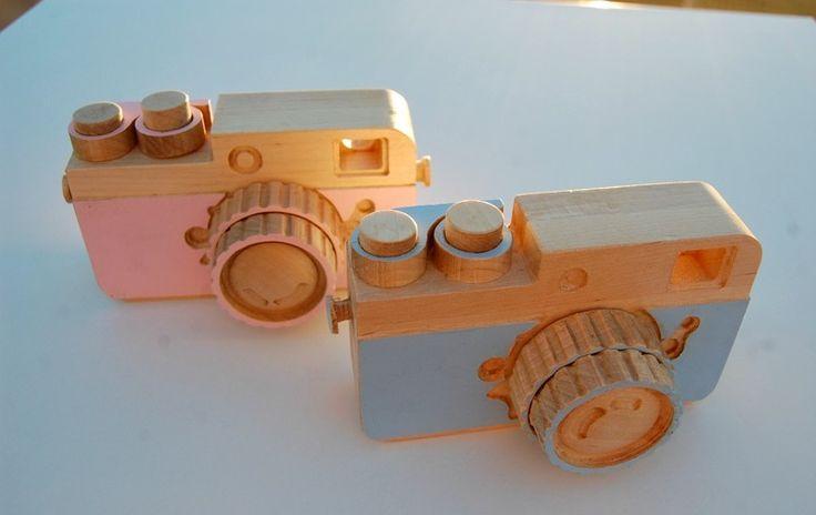 la capsa de l'àngel Wooden pink & blue cameras