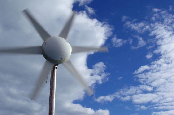 Generator wiatrowy Tuuli 75W (max.300W) z kontrolerem ładowania