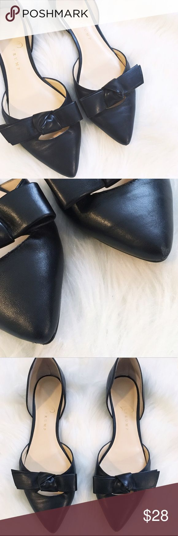 ♠️ Ivanka Trump Loire Bow Flat ♠️ Cutest flats ever! Love the bow detail. Shoe is smooth. Please see photos for minimal wear. Ivanka Trump Shoes Flats & Loafers