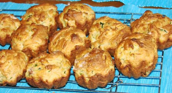 Moist Lemon Orange Zucchini Muffins Recipe - Genius Kitchen