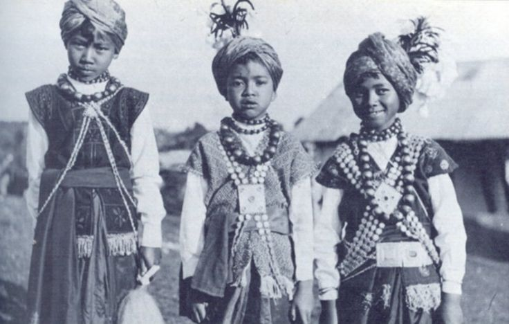 Khasi children from Meghalaya, India, dressed in the traditional Khasi way