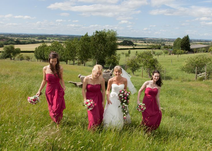 A Bride and her girls in a fabulous photo in the countryside