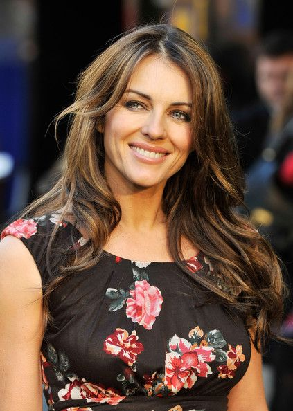 Elizabeth Hurley Photos Photos - Liz Hurley attends the UK Film Premiere of 'Gnomeo And Juliet' at the Odeon Leicester Square on January 30, 2011 in London, England. - Gnomeo And Juliet - UK film Premiere Outside Arrivals