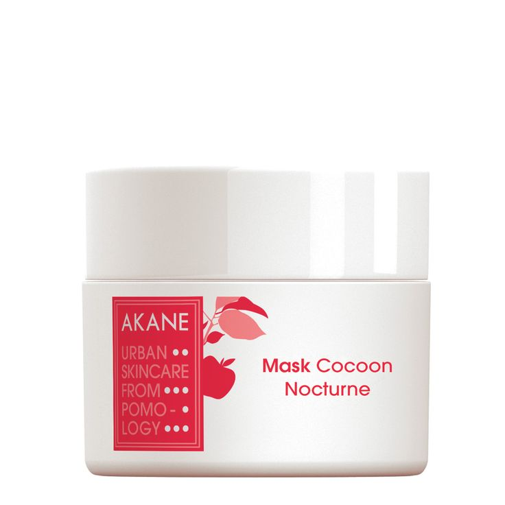 £18 ● birchbox ● How delicious – a mask you apply before sleep which cocoons your skin in a gloriously fresh balm. Let Akane do the hard work for you as you relax into a dreamy slumber, safe in the knowledge signs of fatigue will be fought while suppleness and radiance is restored. With apple from the Japanese Akane tree, hyaluronic acid and black tea extract the science bit is sorted too.
