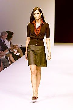 Max Mara Spring 2000 Ready-to-Wear Undefined Photos - Vogue