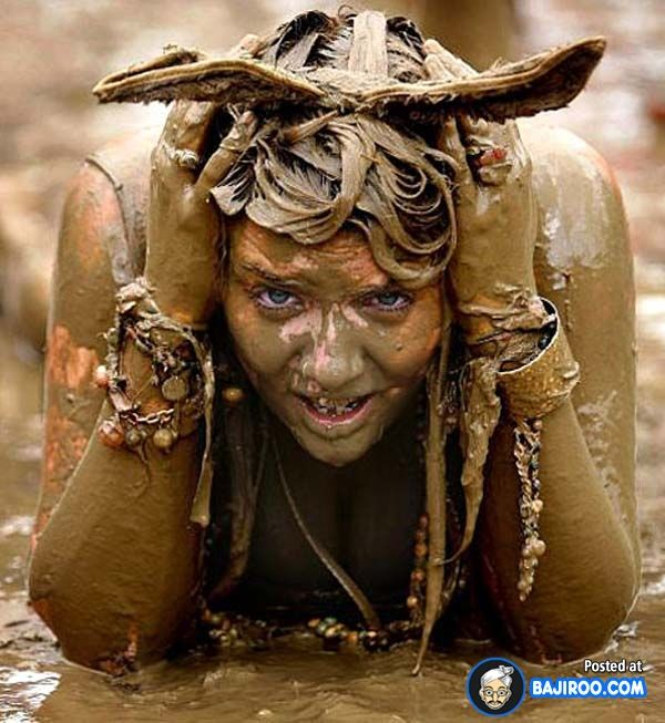 33 Pictures Of Funny People Enjoying In The Mud