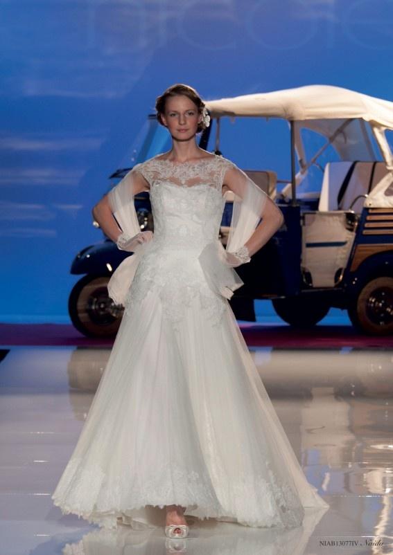 Collezione abiti da sposa #Nicole, abito da #sposa modello Naida ...