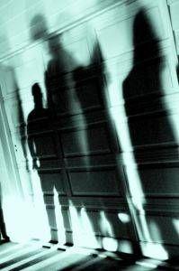 Sobre la sombra (su naturaleza arquetípica, su simbolismo, y su relación con la luz)