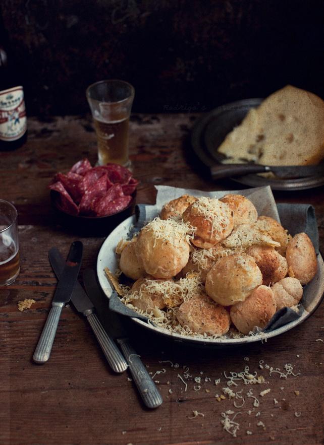 Páo de Queijo ~ Cheese Bread