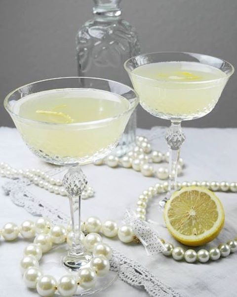 Next year is expected to be bursting with loads of new gin flavours, so it makes perfect sense to celebrate New Year's Eve with a cheeky extra shot of gin.  Here are Metro.co.uk's favourite champagne and gin cocktails.