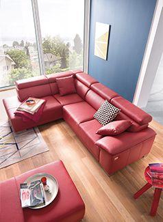 Amalfi Von Candy Polstermöbel   Im Kräftigen, Feurigen Rot Begeistert Die  Schicke Ledergarnitur Mit Einer
