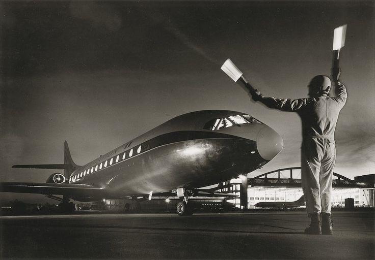 Photo Caravelle, atterrissage de nuit 1964 - Jean Dieuzaide - YellowKorner