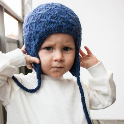 Timjan is a cabled and textured hat that is quite easy to make for the…
