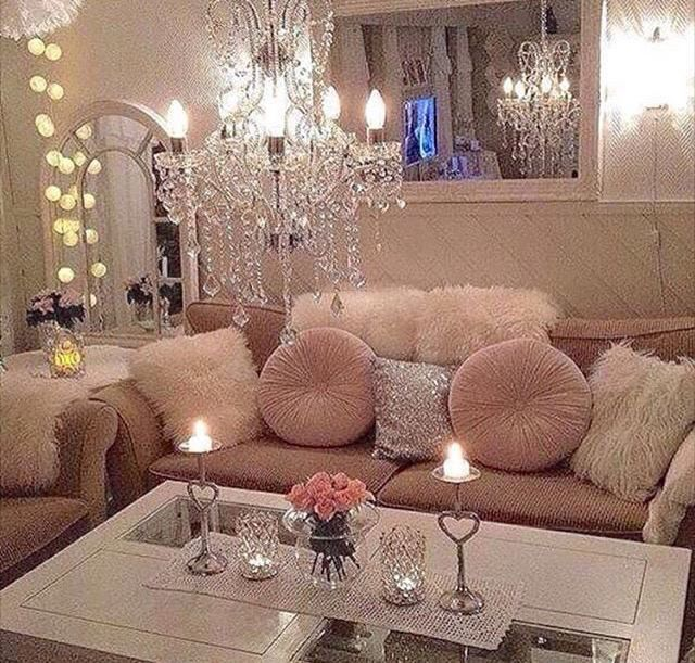 Bon Mirror Ideas, Pink Living Rooms, Living Room Ideas, Bedroom Ideas, Romantic  Home Decor, Luxury Decor, Room Goals, Interior Decorating, Decor Interior  Design