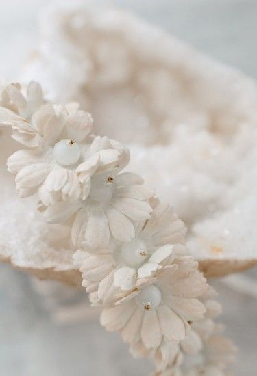 Bridal Headpiece #flowercrown by @LunaBeaBride at @Wildatheartbridal