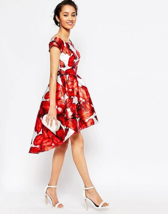 21 Charming Fall Wedding Guest Dresses