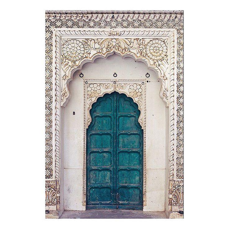 E T H N I C L U X E On Instagram D O O R W A Y S Detailed Turquoise Doorways Jodphur India Xo Art Design India Doorway