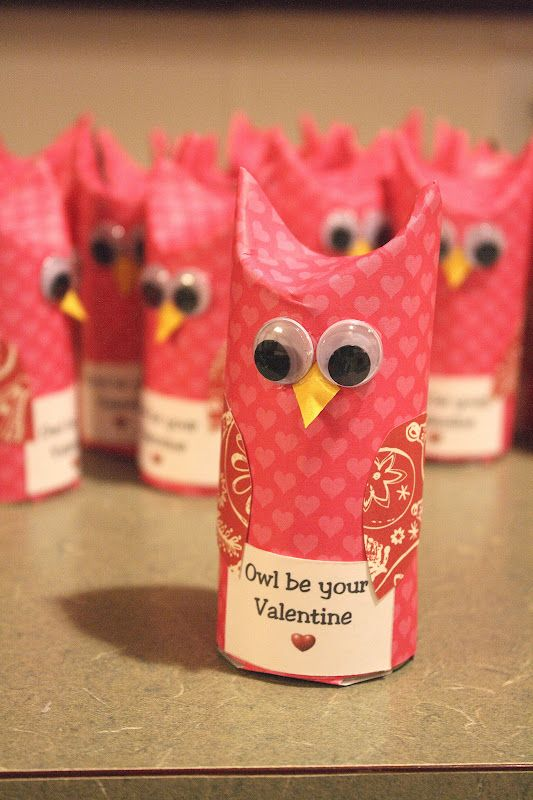 Owl Be Your Valentines... awww super cute TP Roll Owl gift idea.