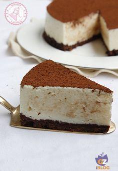 TORTA AL LATTE MACCHIATO SENZA COTTURA http://blog.giallozafferano.it/allacciateilgrembiule/torta-al-latte-macchiato-senza-cottura/