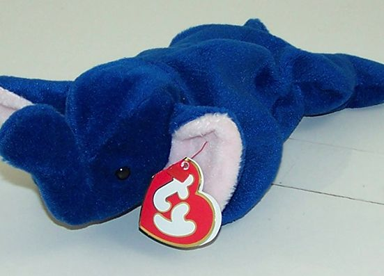 The Most Expensive Beanie Babies in 2016 - Top 10 List  #00s #90s #beaniebaby #retro #ty http://gazettereview.com/2016/01/most-expensive-beanie-babies-list/ Read more: http://gazettereview.com/2016/01/most-expensive-beanie-babies-list/