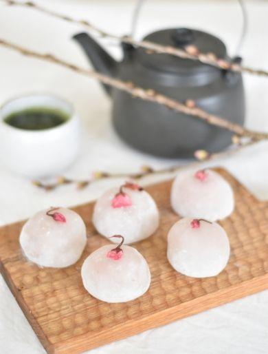 「レンジで簡単!桜大福」はつみ | お菓子・パンのレシピや作り方【corecle*コレクル】