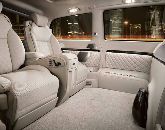 Interior of a mercedes benz viano vision diamond luxury for Mercedes benz luxury van
