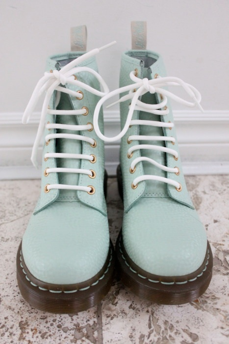 Not my style but i love the colour! Also Dr Martins seem to be very 'in' at the moment:)