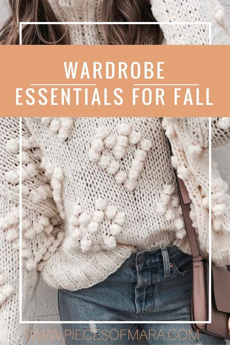 Wardrobe Essentials -  Fall Edition - piecesofmara.com - Stripes, Kleidungsstücke, 5 Stücke die jeder Frau im Kleiderschrank haben sollte, Must-Haves, Herbst Teile, Fall, Black Jeans, Nietenboots, Stripes