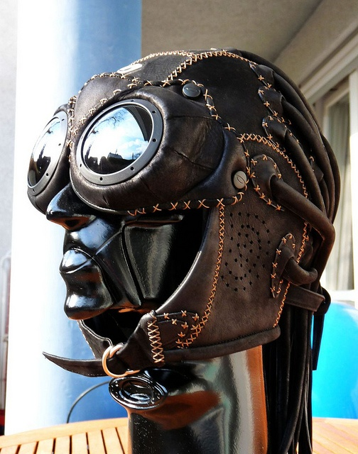 Oakley Bob Head w/ Medusa & Goggles