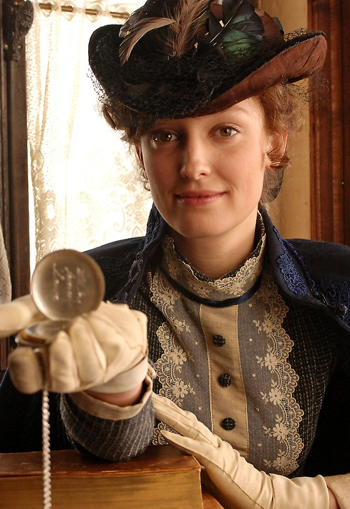 Alexandra Maria Lara as Tante Padva. I hesitate to put her here but my reasons are because she's Romanian and svelte.