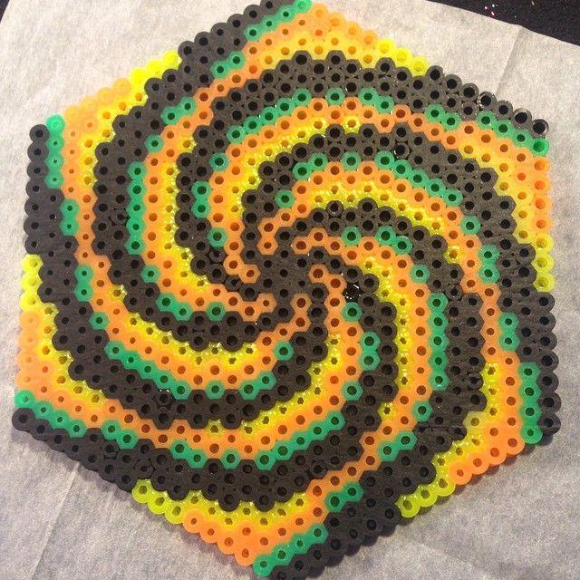 Vortex perler bead design by Katie Binesh