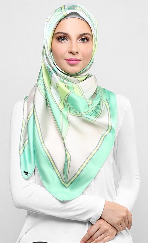 Kaleidoscope Square Scarf in Light Green