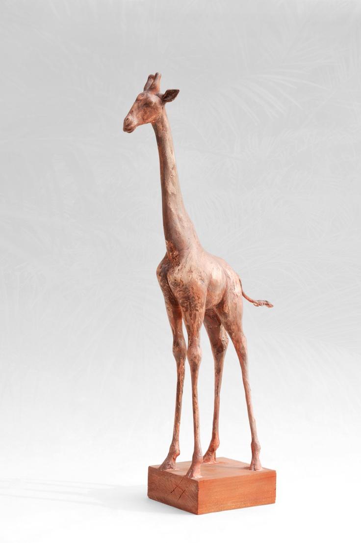 Bronzová socha žirafy - originál Sádrový model, který se v současné době odlévá do bronzu a brzy bude i na fotografii bronzový:). Výška cca 60cm. Cena je za bronzový odlitek.