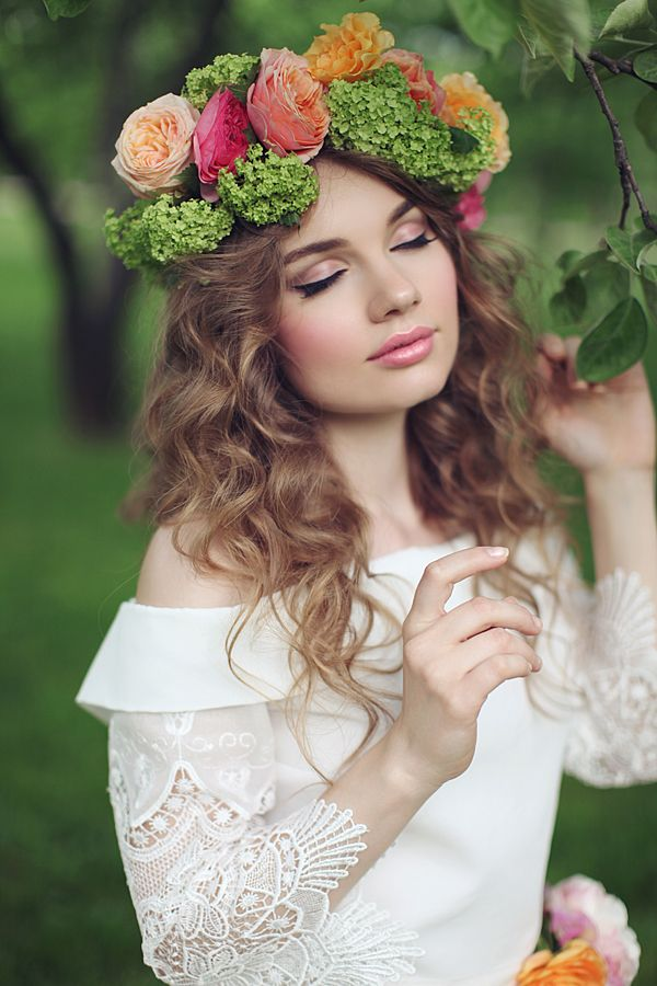 bohemian bridal makeup by Yulia Zubareva of Upmakeup