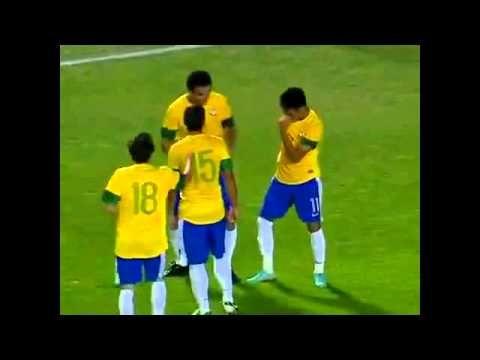 Neymar e Fred, Arrocha no Jogo Brasil e Argentina - Clássico das Américas
