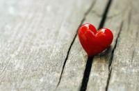 Surnoms amoureux - Couple : ces petits surnoms amoureux si révélateurs    Votre compagnon aime vous affubler d'un diminutif ou desurnoms amoureuxinventés par ses soins ?Selon le style choisi, découvrez ce qui se cache derrière ces habitudes qui renforcent la …