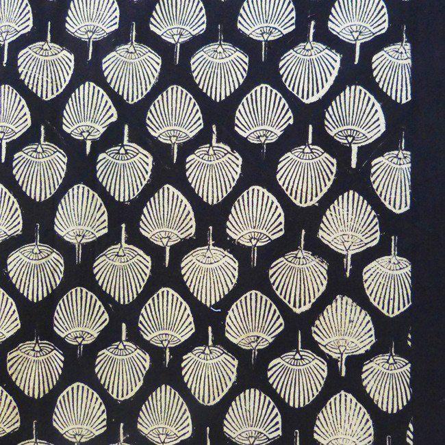 Fan tablecloth