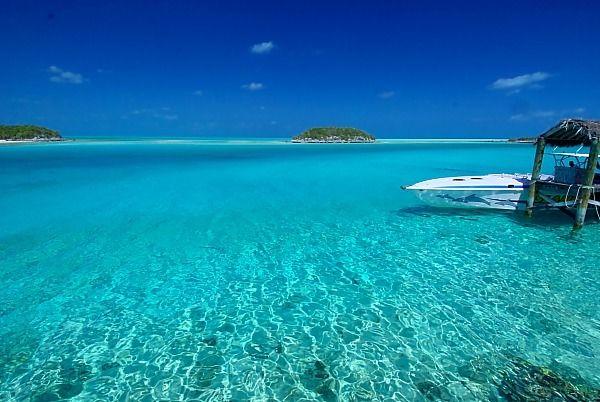 ハバナ エグズーマ島!! 透き通る海、白い砂、何もいう事はありません。