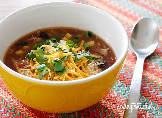 Everything I love about chicken enchiladas... in a bowl!  Crock Pot Chicken Enchilada Soup | Skinnytaste: Soups, Fun Recipes, Crockpot Enchilada, Chicken Enchiladas, Crock Pot Chicken, Chicken Enchilada Soup, You, Slow Cooker, Crockpot Recipe
