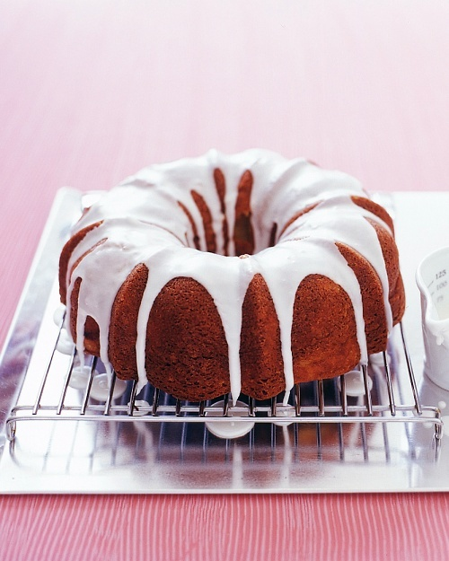 Apple-Cinnamon Bundt Cake - Martha Stewart Recipes