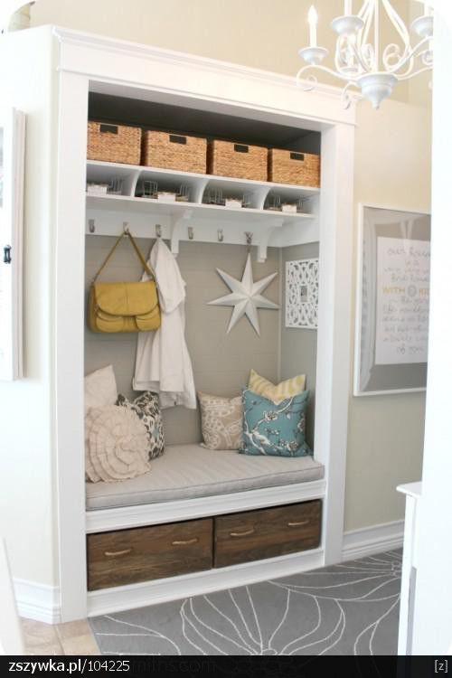 Wow this is the size of my current closet. Great to create a walk - in and do this w the original closet