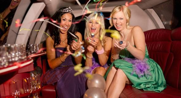 Have a little party in a limo before you reach your main event with our San Francisco limousine services. Our professional chauffeurs provide you on-time and safe ride to your event.
