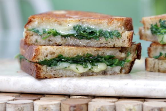Grilled cheese with garlic confit and baby arugula. Drooling on my laptop.