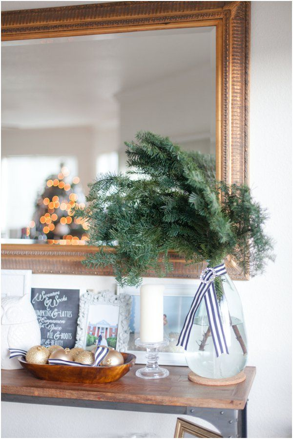 Have you ever thought about having transitional holiday decor to take you from Thanksgiving into Christmas? Take a peek at this thoughtful decor scape!