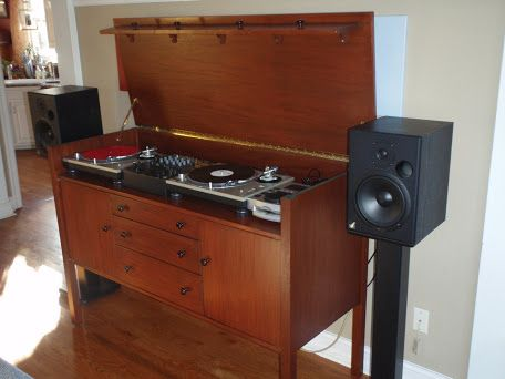 LunarMagazine.com :: View topic - FS: Custom DJ Booth - Perfect for Living Room