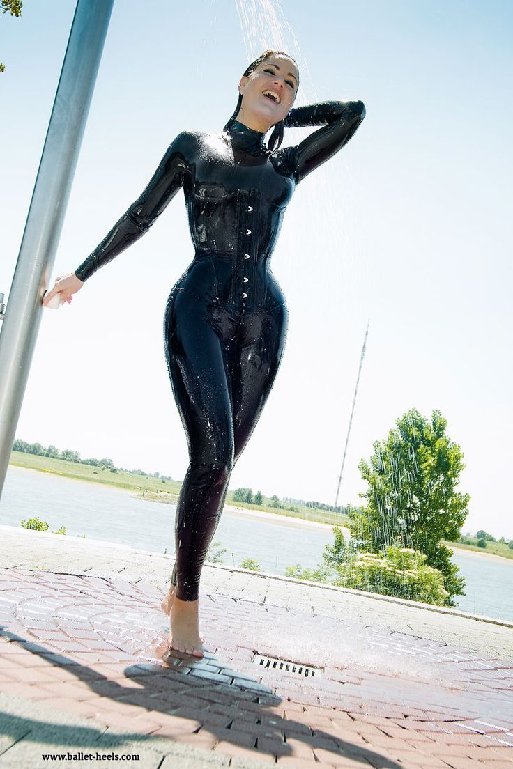 Hot wetsuit xxx, amaure sex video
