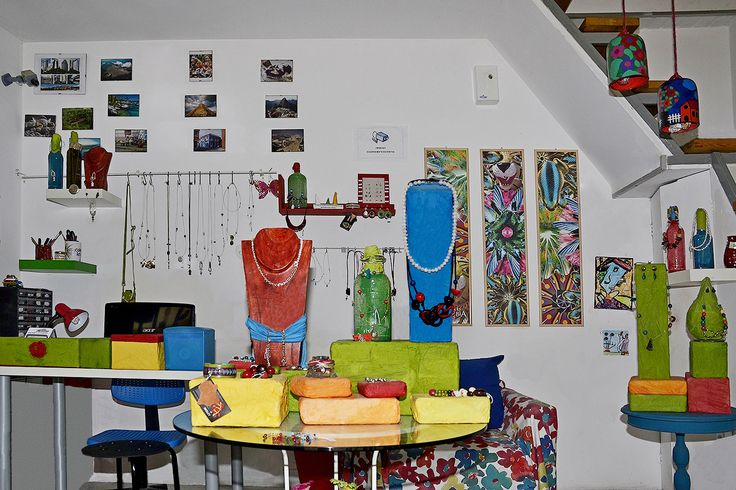 My business story part IV:  On November of 2011 I opened my retail store COLOR LATINO in Larissa close to the ancient theatre. 90% of the displays and decoration are made with recyclable items.