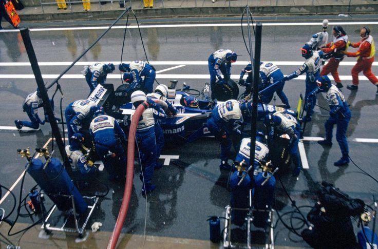 Jacques Villeneuve (Rothmans Williams Renault), Williams FW18 - Renault RS8 3.0 V10 , 1996 Spanish Grand Prix, (Circuit de Catalunya)